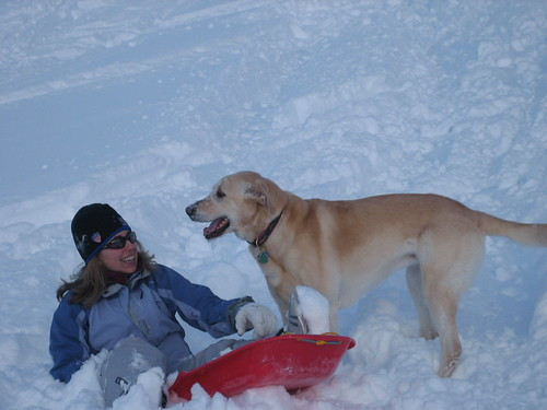 2008-02-04_24_christine_and_kuzca_sledding