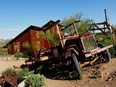 Ghost Mining (Swanee 3) Tags: arizona rust desert decay southern goldfield weatherd junkers