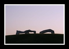 The Dusk Of Art (Cordin4) Tags: sunset sculpture art stone canon eos iso200 tripod arches ef75300mm 400d remotereleasecable cordin4 f101250