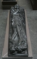 Plaster cast of an effigy of Robert de Roos. Museum no. REPRO.A.1938-10