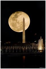 Washington Monument (Magda'70) Tags: usa moon monument night america us dc washington nikon montage d200 washingtonmonument 2007 aplusphoto zymon sicandfriends