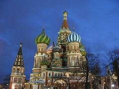 Cathedral of Saint Basil, Moscow -   ,  (Sir Francis Canker Photography ) Tags: christmas plaza xmas trip travel blue red tourism church monument architecture rouge navidad twilight rojo europe exposure cross cathedral russia dusk moscow catedral iglesia landmark visit noel tourist chiesa cruz hour nocturna basil visiting natale rosso kerk eglise mosca russie croix croce roja rusia moscou cattedrale lucena  rossa basile moscu  esglesia basilio arenzano  rossija mockba brusasco ured poccnr   sirfranciscankerjones     tz10 zs7 pacocabezalopez
