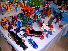 Exhibicin de Transformers, Star Wars y otras figuras en el Paseo de las Flores, Heredia, Costa Rica. (09-Dic-2007) (mdverde) Tags: transformers figuras exposicin exhibicin paseodelasflores