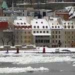 Québec: Rue Dalhousie à partir du Fleuve Saint-Laurent