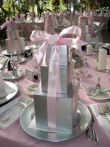 2156057428 e257daec21 d Baú de idéias: Decoração de casamento rosa I