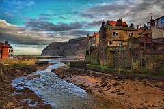 Staithes hdr..... (Tall Guy) Tags: uk canon landscape photography photo photos yorkshire photograph enjoy northyorkmoors hdr staithes tallguy abigfave
