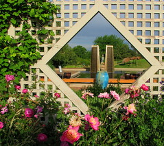 Garden View (Sandra Leidholdt) Tags: usa window gardens america fence garden botanical us colorado unitedstates jardin denver explore american botanic botanicalgardens lattice amricain denverbotanicalgardens denverbotanicgarden explored denverbotanicalgarden sandraleidholdt leidholdt sandyleidholdt