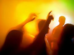 please don't stop the music... (bNat!) Tags: music orange verde green colors silhouette yellow copenhagen disco colours dancing smoke silhouettes colores amarillo musica dancefloor nightlife silueta naranja humo siluetas københavn bailando groc verd taronja discoteca copenhague fum rihanna cruzadas dontstopthemusic keepmoving abigfave siluetes ballant a3b goldcruzadas momentoseexpressões rossiemcgees