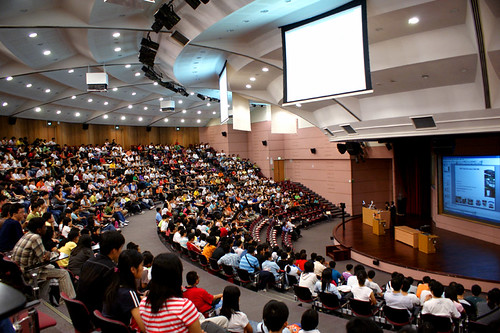 That Huge Lecture Theatre! by teddy-rised, on Flickr
