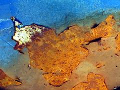 Abstrakt dyrehode |--| Animal head (erlingsi) Tags: abstraktdyrehode abstractedanimalhead erlingsi abstract volda abstrakt rust rusty rost rot atomicaward oxidado rustiness erlingsivertsen rouillé rostiges oc óxidos texturasnaturales rouille dyreliv fugleliv