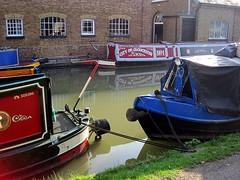 Narrowboats at Bulbourne (Snapshooter46) Tags: mooring grandunioncanal narrowboats britishwaterways bulbourne