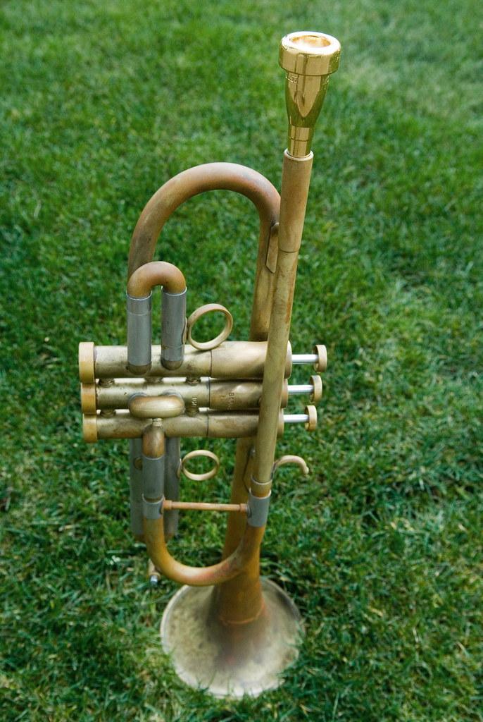 Music TRUMPET Cufflinks Musicians Instrument Band Cuff links  In Box  BE100