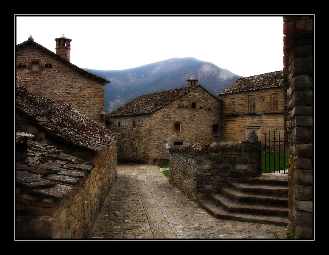 Photo d'Aragon n°3. Le village de Lárrede, dans les Pyrénées Aragonaises