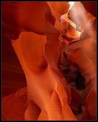 Antelope Canyon Beam (hades.himself) Tags: arizona usa nikon canyon beam page antelope luis d200 navajoland nikkor slot hades sulfotoclube 18135mmf3556g balbinot