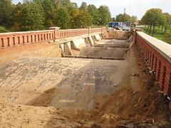 Tilta remonts (Bargais) Tags: bridge bricks latvia latvija kuldiga tilts kuldīga Ķieģeļi remonts