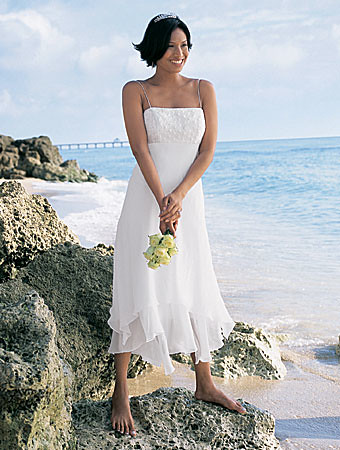 beach-bridal-gown