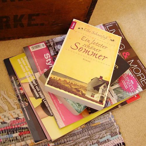 bücher&zeitschriften - books&magazines