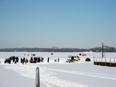 Ice Party in the Bay (Siri.us_B) Tags: ice lakeerie icefishing putinbay
