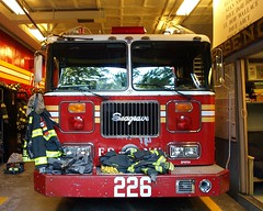 E226e FDNY Engine 226, Downtown Brooklyn, New York City (jag9889) Tags: county city nyc house ny newyork building station architecture brooklyn truck fire downtown engine company kings borough firehouse 2008 fdny department firefighters boroughhall seagrave 226 bravest e226 y2008 engine226 jag9889