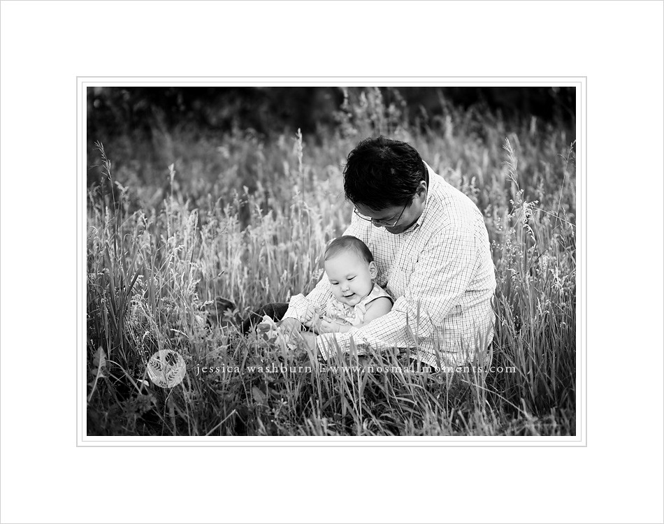 black-and-white-baby-photography