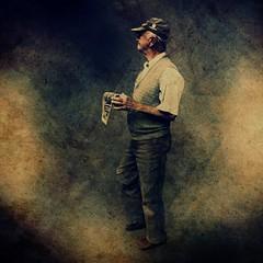 [フリー画像] 人物, 老人・高齢者, おじいちゃん・おじいさん, ブラジル人, 201106151300