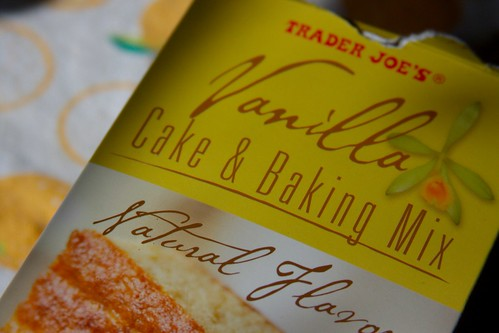 vanilla cake & baking mix