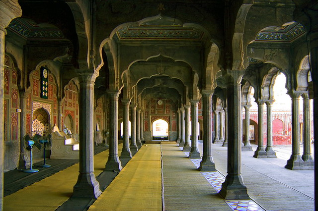 Badshahi Mosque Chiniot 02