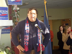 RICHARDSON SPEAKS IN CONCORD
