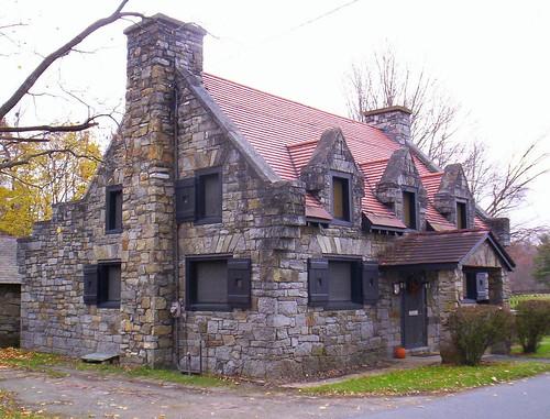 Ti House