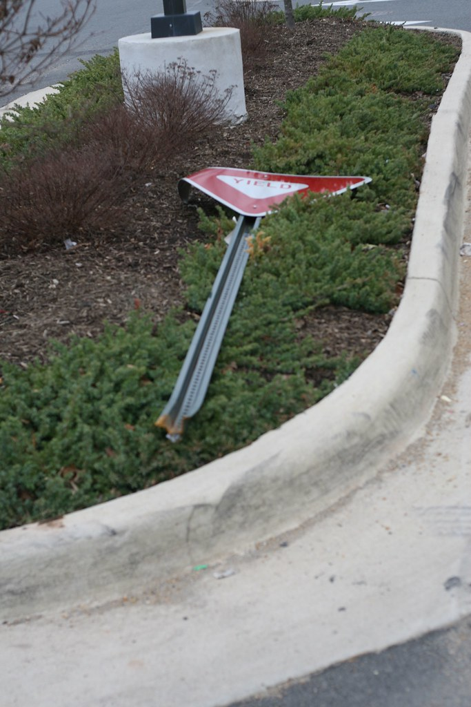downed yield sign