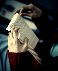 * (Fa.bian) Tags: reading book hands hand bokeh finger text fingers gravity noisy bookmark literacy thriller herbiehancock canonef50mmf14usm canoneos30d bildermacher fabiangehweiler