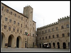 Volterra - Palazzo Pretorio Palazzo dei Priori