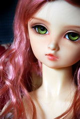 Green eyes, pink hair & a long neck (nettness) Tags: bethany bjd dollfie superdollfie volks abjd foursisters f01 balljointdolls balljointeddolls