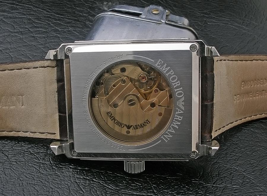 fe4397c69a50 ... le permite acercarse a los relojes mecánicos