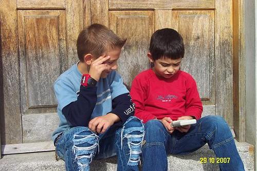 Égas um menino que adora ler!!!