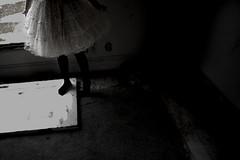 (emilyyday) Tags: portrait house abandoned girl skirt cari poofy bluh
