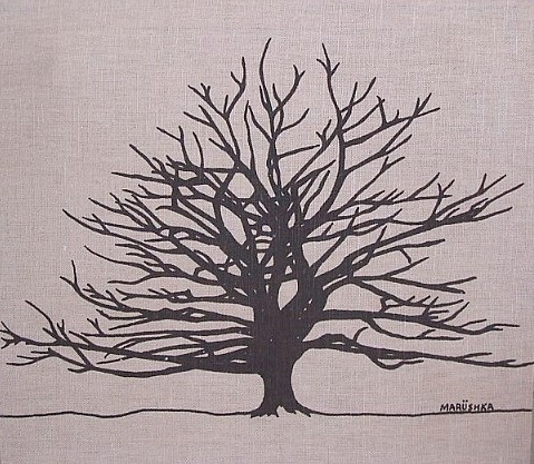 Marushka - large tree silhouette (brown)