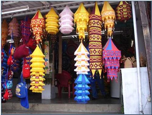 Pipli's live art heritage – vibrant and colourful handicraft