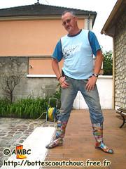 Pascal en bottes PVC bariolées (pascal en bottes) Tags: boots goma rubber pascal wellies gummistiefel pvc bottes botas gumboots gomma caoutchouc stivali stövlar