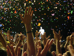 Coldplay Viva la vida tour Zenith Strasbourg Europe -131 (Kmeron) Tags: concert coldplay live vincent vince chrismartin willchampion guyberryman jonnybuckland vivalavida kmeron vivalavidatour philbertwwwkmeroncom 1steuropeandate znitheuropestrasbourg vivalavitatour