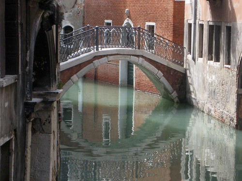 Venice bridge - Fawn Fitter