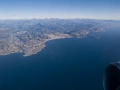 Nice vue du ciel (jpmiss) Tags: travel blue sky france plane landscape airport nice cotedazur olympus bleu e300 mediterraneansea frenchriviera mediterrane jpmiss