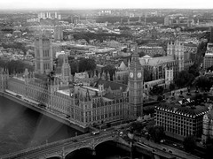 Houses of Parliament - London ({ Planet Adventure }) Tags: uk holiday london photography photo photographer housesofparliament ab adventure planet allrightsreserved copyright© traveltheworld planetadventure by{planetadventure} byalessandrobehling alessandrobehling copyright©20002008alessandroabehling