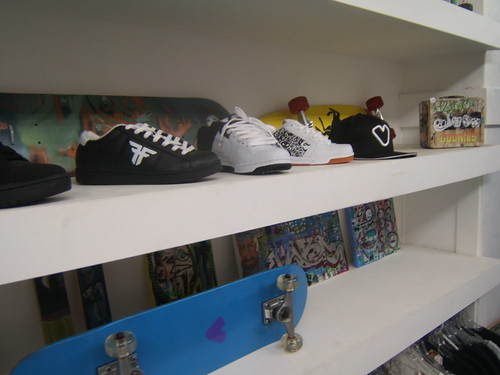 Kicks Shelf