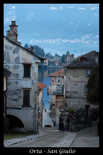 Orta S. Giulio © photos by gabriele dell'era
