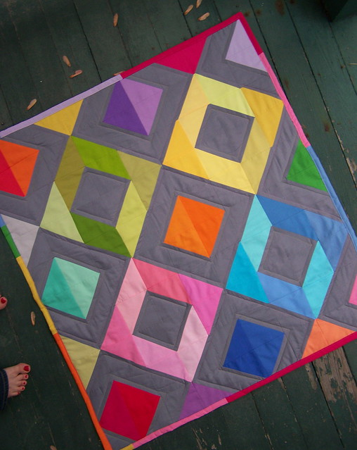 Kona solids quilt finished!