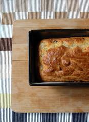 cake salato gorgonzola pere e nocciole