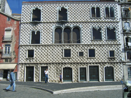 Renaissance Inspired, Lisbon