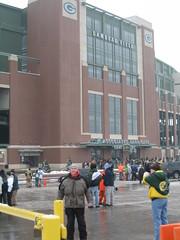 Me Outside Lambeau Field (Jason Titus) Tags: packers greenbay lambeaufield