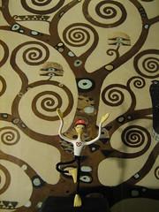 Tree (Talkingsun) Tags: tree yoga klimt treeoflife vrksasana mrpretzel oneobject365daysproject